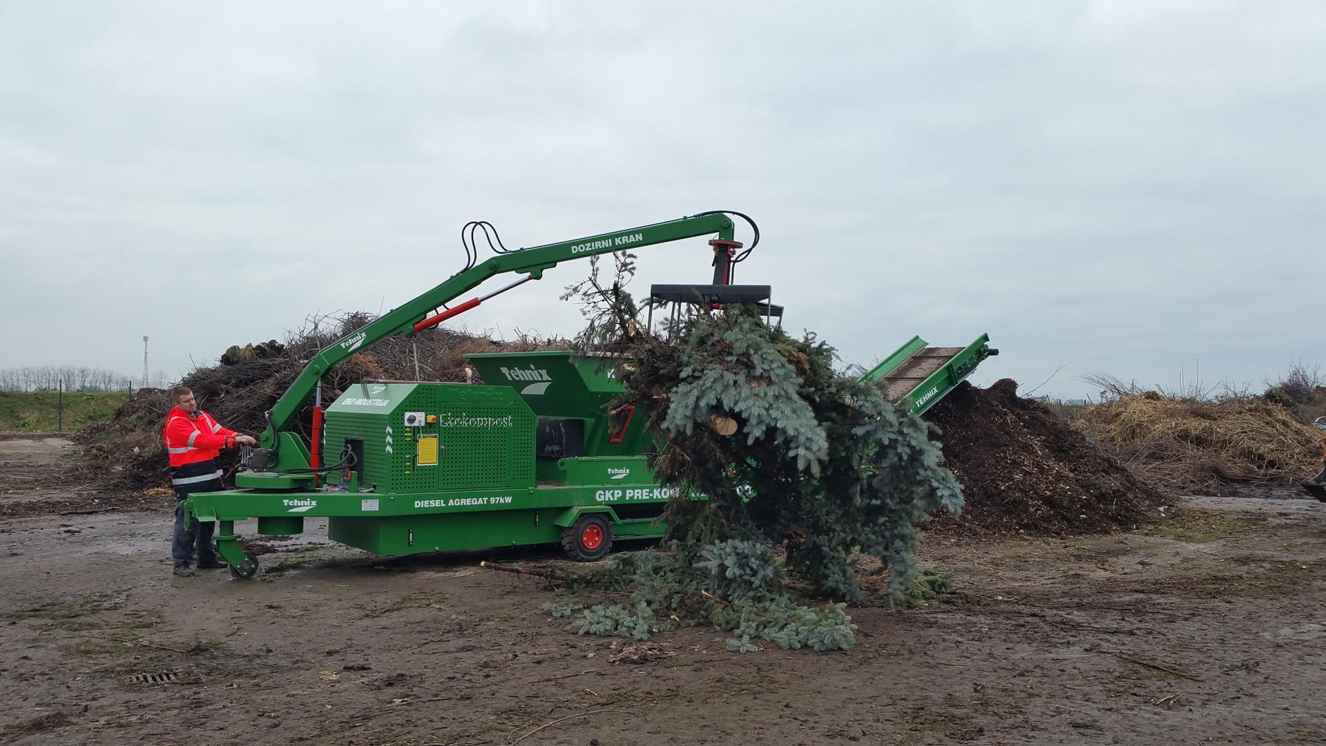 """Tehnix bioshredder u funkciji obrade otpadnih """"Božićnih drvca"""" za pripremu biomase"""