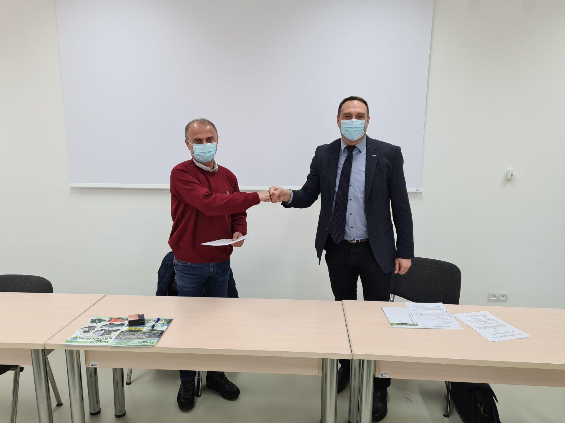 Potpis ugovora o isporuci komunalnog vozila za Drenovci d.o.o.