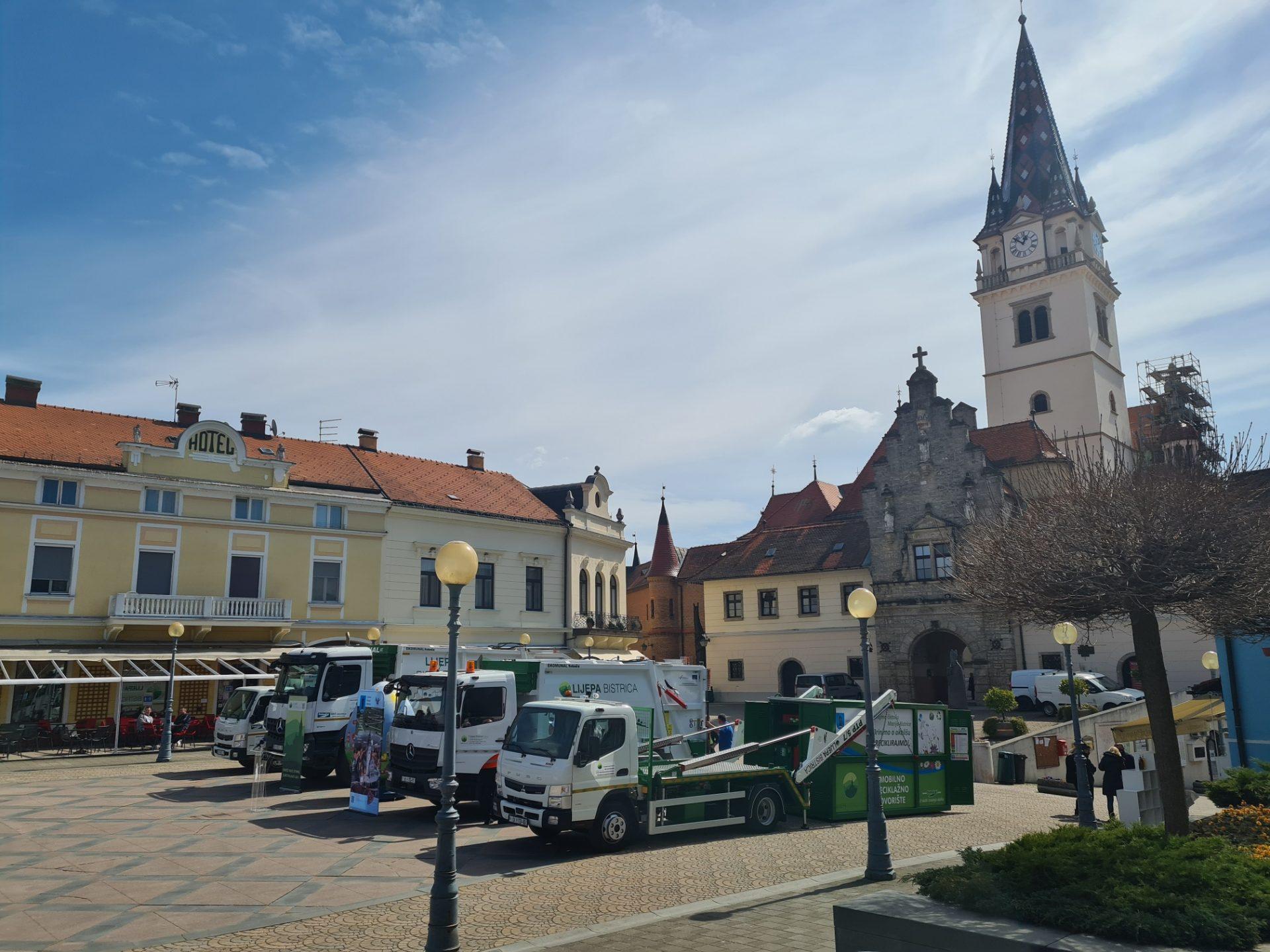 """Tehnix isporučio dva komunalna vozila kompaniji """"Lijepa Bistrica"""""""